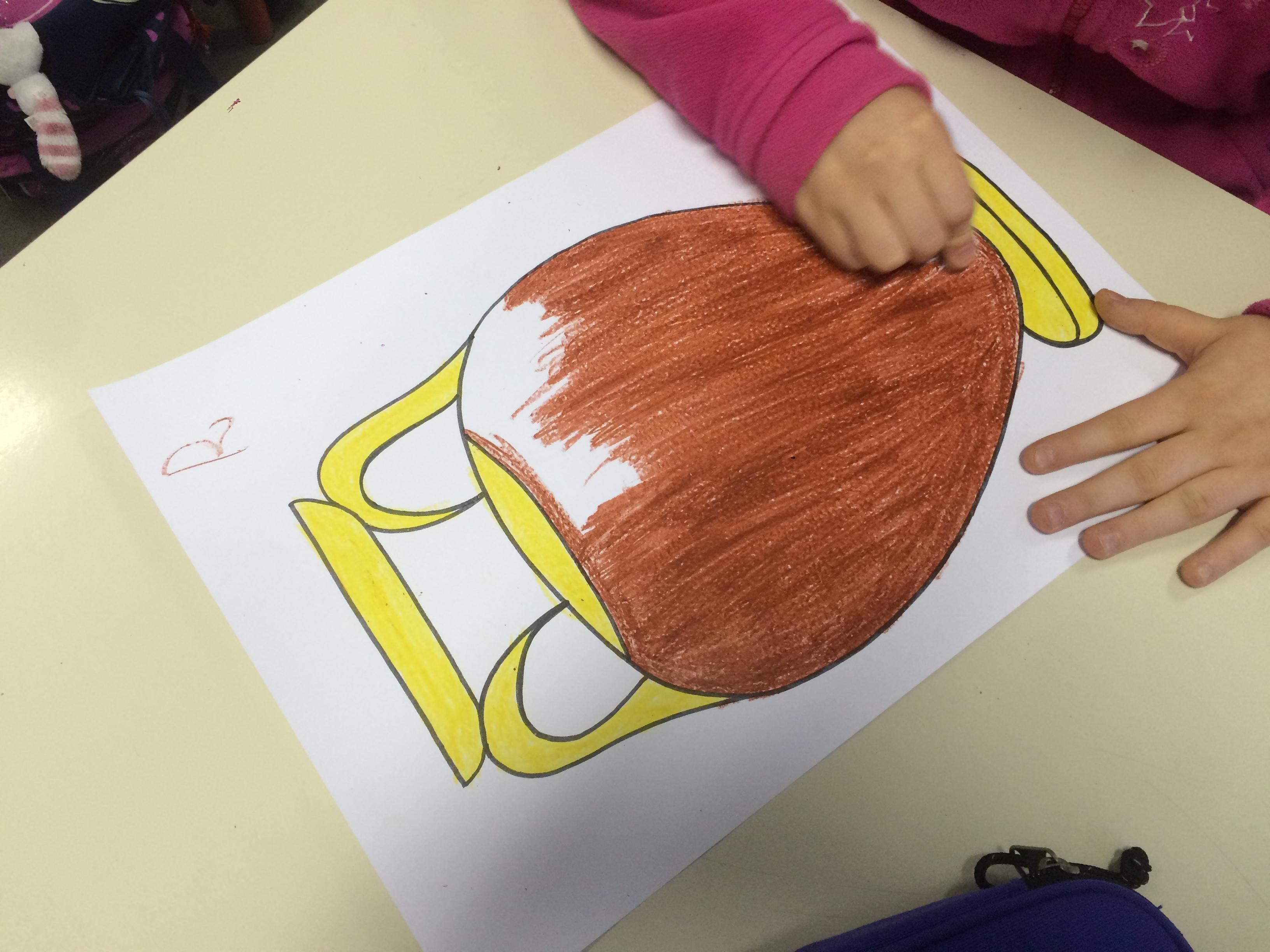 Classe 5a vasi greci tecnica a graffito maestramarta for Disegno vaso da colorare
