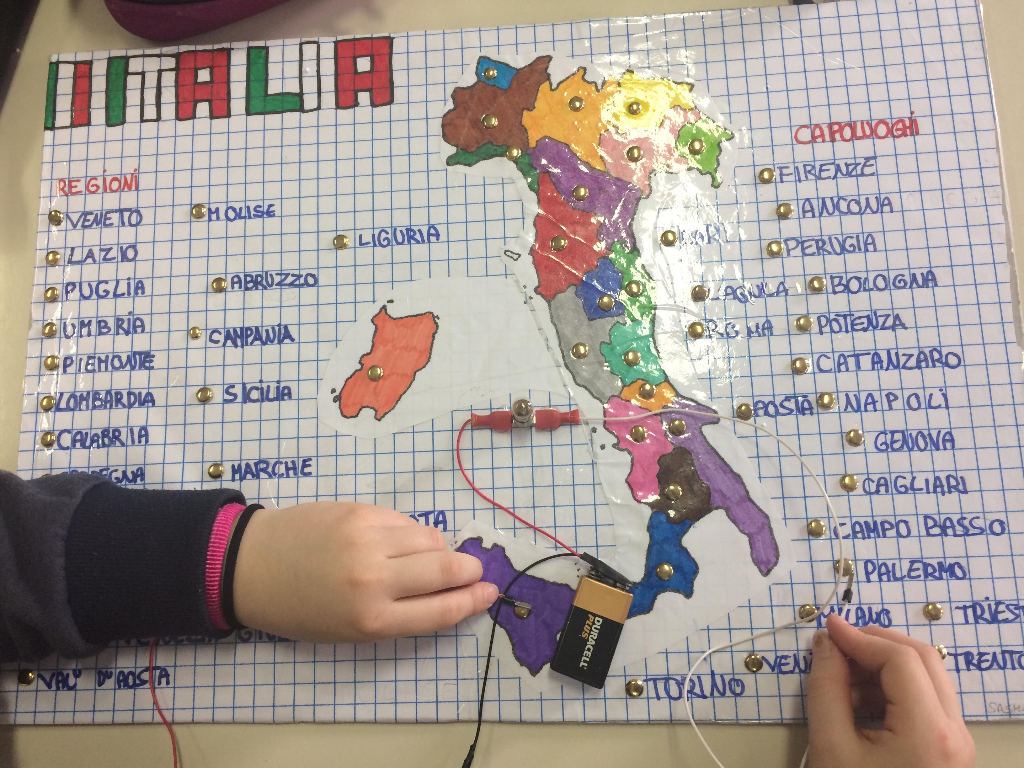 Cartina Italia Con Regioni E Capoluoghi.Sapientino Regioni E Capoluoghi Classe 5a Maestramarta